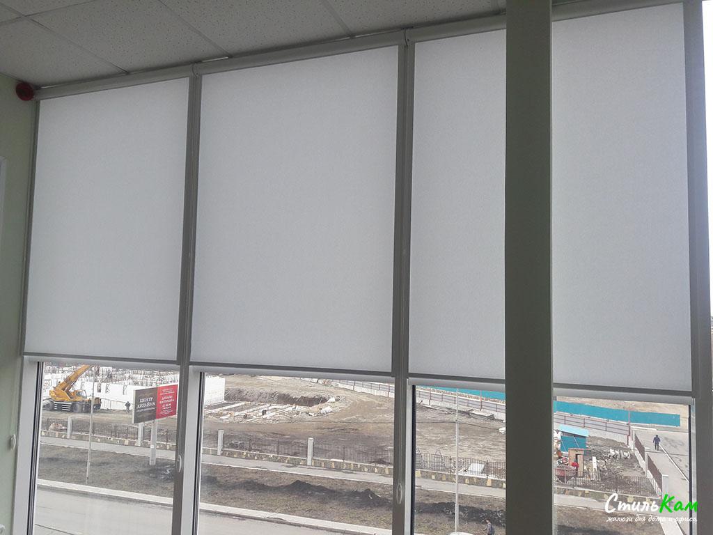 рулонные шторы uni на алюминиевые окна