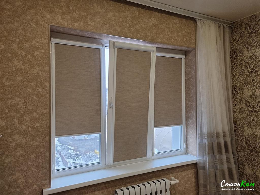 рулонные шторы uni в спальню