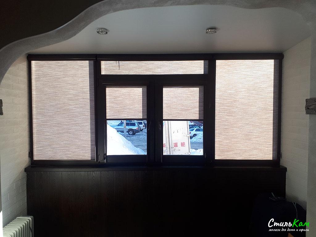 рулонные шторы uni кассетные на балкон