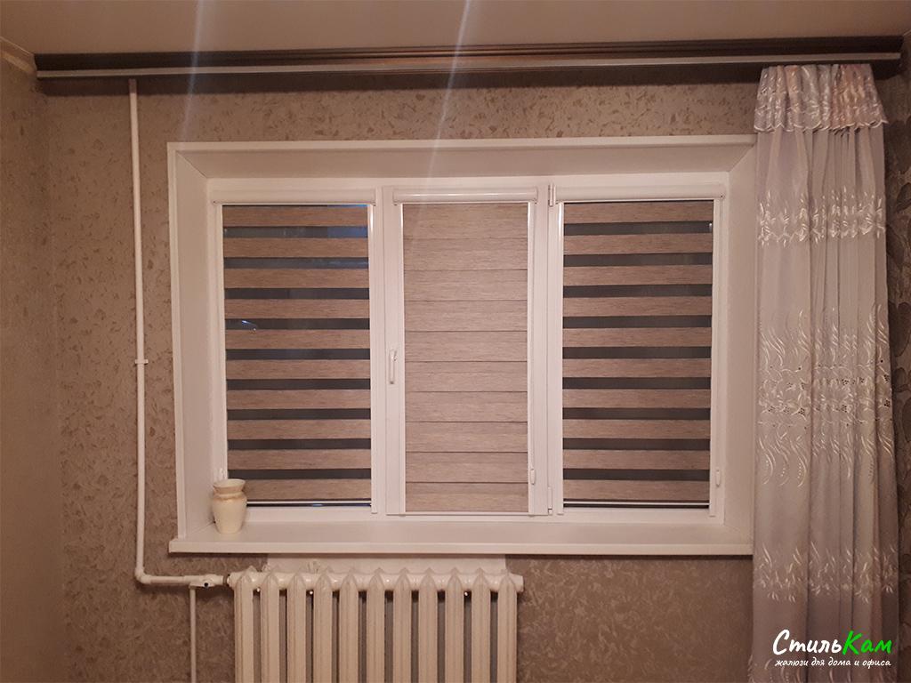 рулонные шторы день-ночь в спальню