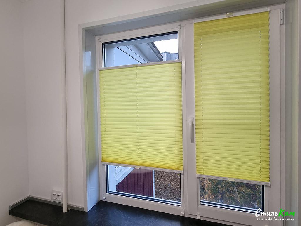 шторы плиссе (гофре) на окно в кухню